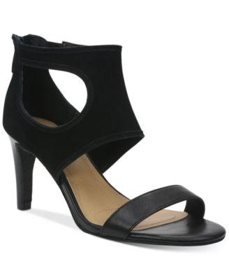 Tahari National Sandals