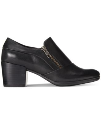 Bare Traps Kelyn Block-Heel Ankle Boot..