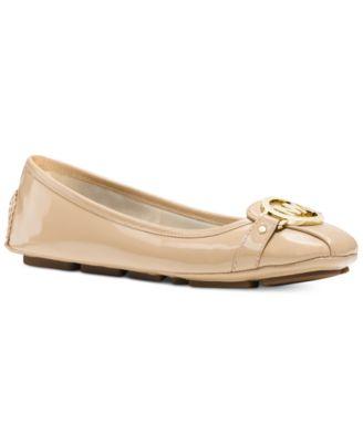 f83e0a0e36faca macy s shoes michael kors two tone bag - Marwood VeneerMarwood Veneer