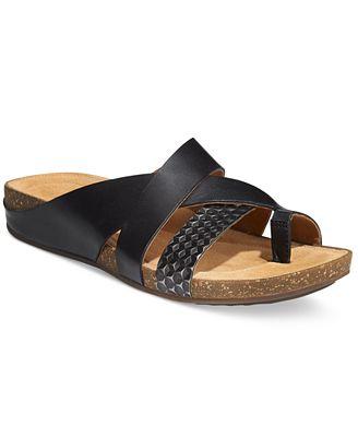 Clarks Artisan Women S Perri Bay Flat Sandals Sandals