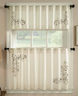 Chf Leaf Scroll Window Treatment Collection Window