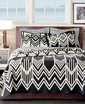 pendleton 174 classic wool comforter in white bed pendleton skywalkers wool blankets blankets amp throws 812