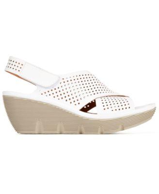 Clarks Artisan Womens Clarene Award Slingback Wedge Sandals