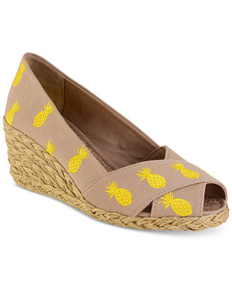 lauren ralph lauren cecilia espadrille wedge sandals sandals shoes macy 39 s. Black Bedroom Furniture Sets. Home Design Ideas