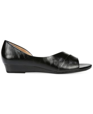 Naturalizer Jordan Open-Toe Flats