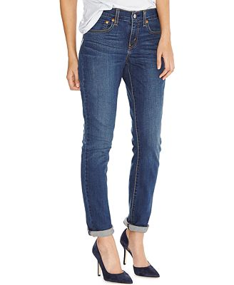 Women's straight leg jeans are favorites of women who know fashion and want the latest trends at an affordable price. Enjoy women's straight leg jeans in a variety of styles so that you can find the perfect fit.