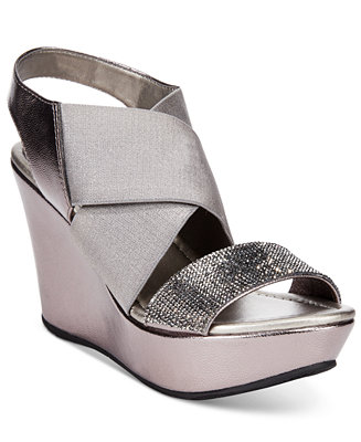 Lastest  Shoes Glam Cam Thong Sandals  Kenneth Cole Reaction  Shoes  Macy39s